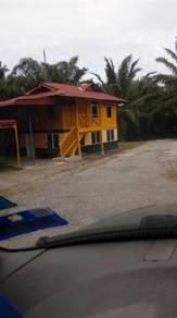 Tanah perak 1.6 ekar, Kampong Gajah