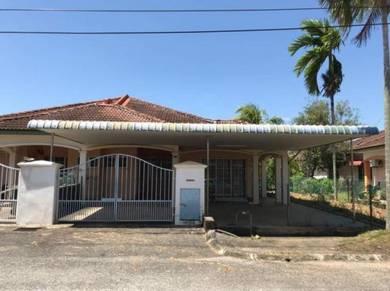Single storey semi-d for sale at Bandar Puteri Jaya