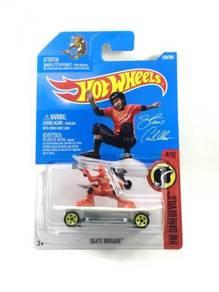 Hotwheels Skate Brigade - Steve Caballero #4 Red