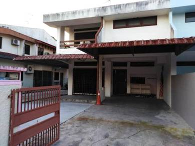 Taman Kolam Air JB Double Storey Semi Detached House FOR SALE :