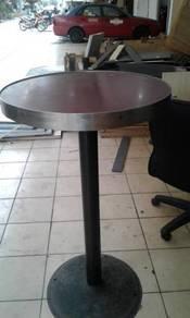 Pub table Code:PT-27