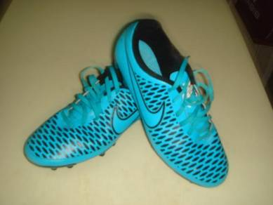 E940 Original Boot Nike Magista Saiz 7