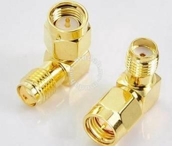 SMA Male Plug to SMA Female Jack 90 Adapter