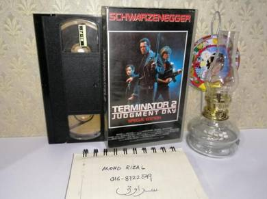 THE TERMINATOR 2 JUDGMENT DAY VHS Film Movie 1991