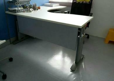 L-shape Office Table