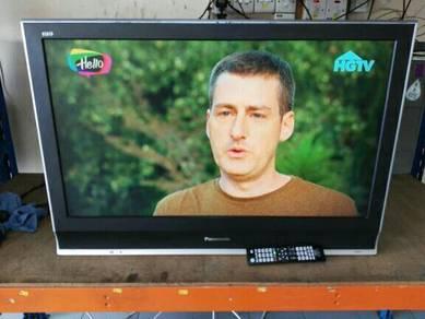 Panasonic 37inch LCD Tv