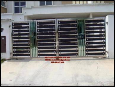 Stainless steel main gate with tempered glass