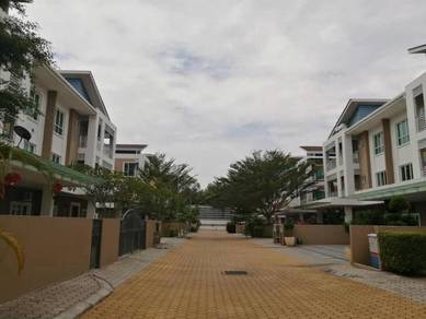 3 Storey Semi-Detached House at Thompson Sommerset, Ipoh