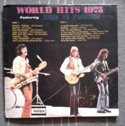 Piring Hitam World Hits 1975
