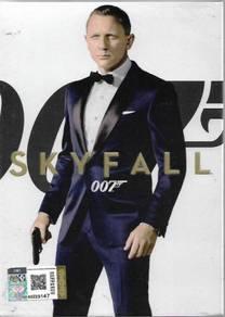Skyfall James Bond 007 Movie DVD Daniel Craig