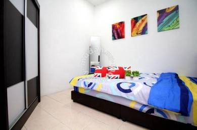 Near MRT, Medium Cozy Room Palm Spring Kota Damansara (FREE Utility)