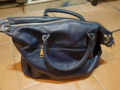 Shoulder handbag bag leather