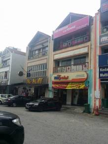 Taman Equine Park 3 Storey Shop , Facing Main Road , Serdang
