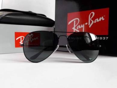Aviator sunglasses rayban