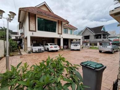 Bungalow with Swimming Pool / Fully Furnished - Bandar Baru Uda, Johor