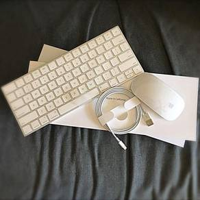 Apple Magic Keyboard & Magic