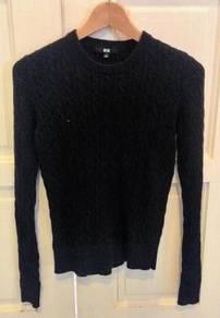 Uniqlo Shirts - Sweatshirt