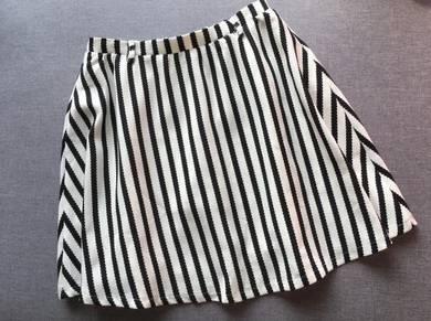 Skirt D