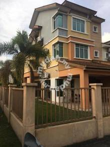Spacious Corner 2 & half Storey Bandar Bukit Puchong 2