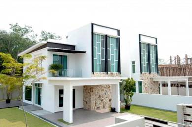 Semi D Hill top House[0%Downpayment] [FreeHold] 40x100 Super Limited!!