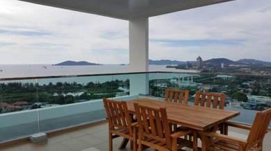 Bay Residences Luxury Condo