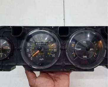Toyota Corolla KE30/KE35 speedometer