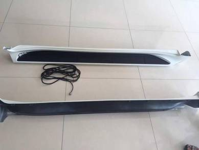 Toyota Land cruiser FJ200 running board