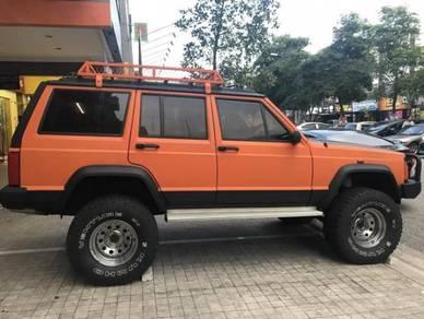 Jeep charokee- urgent sales