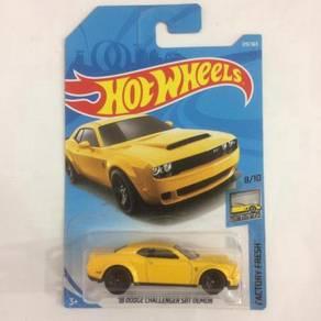 CFE60 2017 Mattel Hot Wheels HW '18 Dodge Challeng