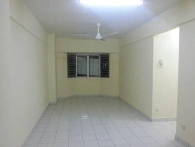 Skyvillas apartment,3room,serdang,the mines