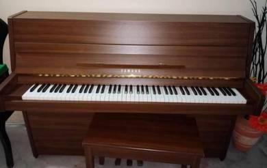 Yamaha C108 Upright Piano