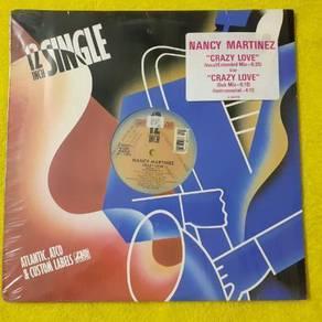 EEQ lp Nancy Martinez piring hitam vinyl