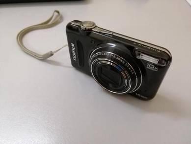 Fujifilm - FinePix T200