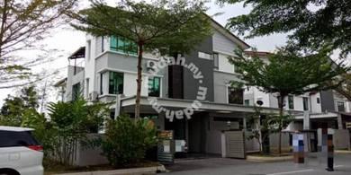 Freehold Semi Detached End Lot At Taman Tropika 2 Sg Tangkas Kajang