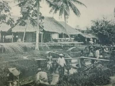 Postcard Natives At Work 1902 PC 2748