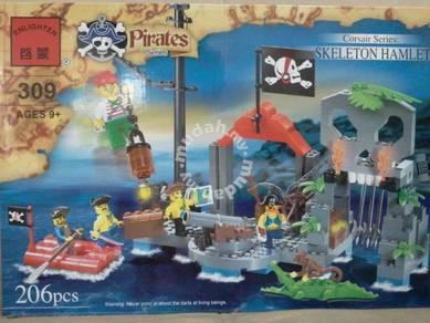 Building Block EN 309 Pirate Skeleton Hamlet