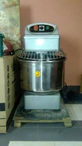 Mixer Penguli Doh