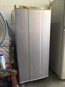 National fridge Peti Sejuk Ais Refrigerator