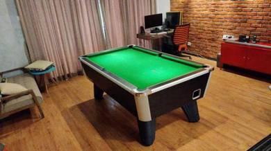 Limited Unit British Pool Table