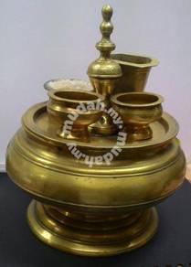 Antique Tepak sireh