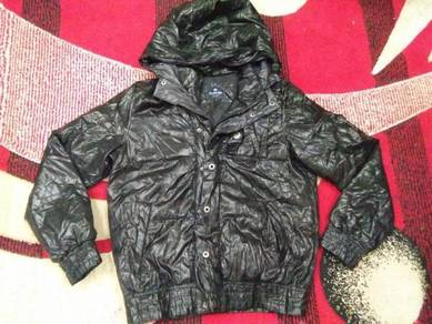 HANG TEN JACKET size small hooded
