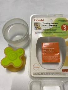COMBI Training Teether