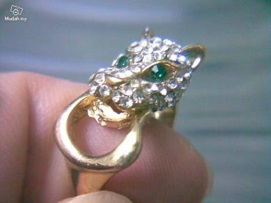 ABRGM-D004 Pretty Noble Dragon Face Head Ring 6.75