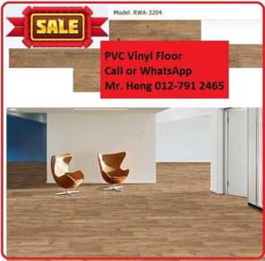 Natural Wood PVC Vinyl Floor - With Install DSE32