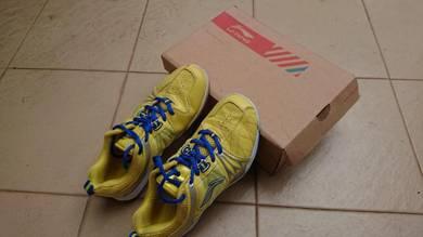 LI-NING TITAN Badminton Shoes