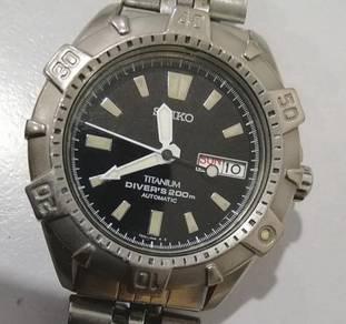Jam Seiko Scuba Diver Titanium 42 mm 7s26 watch