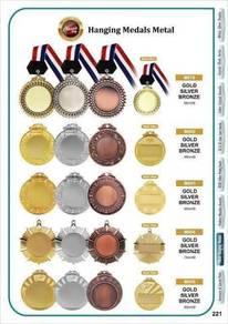 Medal Kristal, Plastik dan Besi