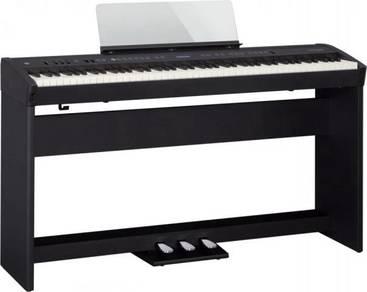 Roland fp60 / fp-60 Set (FREE Bench & Headphones)