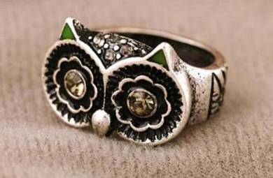 ABRSM-O006 Retro Silver Metal Crystal EyesOwl Ring