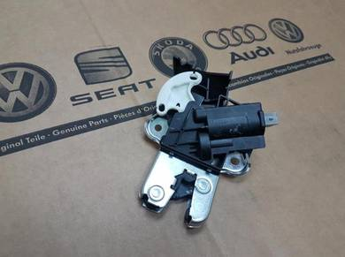 Audi Volkswagen VW Genuine Rear Trunk Latch Lock